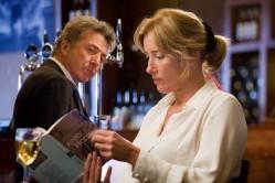 Harvey Shine (Dustin Hoffman) and Kate Walker (Emma Thompson)