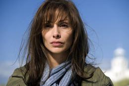 Elise Silverton (Natalie Imbruglia)