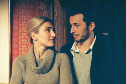 Émilie (Julie Gayet) and Gabriel (Michaël Cohen)