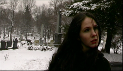 Lara Baxter (Eilis Cahill)