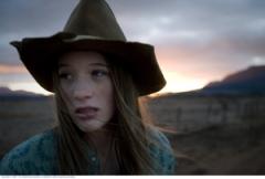 Kate (Sophie Lowe)
