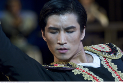 adult Li Cunxin (Chi Cao)