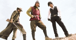 Park Do-won, the Good (Jung Woo-sung), Yoon Tae-goo, the Weird (Song Kang-ho) and Park Chang-yi, the Bad (Lee Byung-hun)