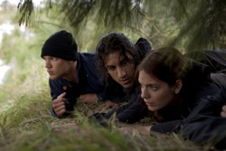 Tomorrow, When the War Began: Kevin Holmes (Lincoln Lewis), Homer Yannos (Deniz Akdeniz) and Ellie Linton (Caitlin Stasey)