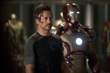 Iron Man 3: Tony Stark (Robert Downey Jr)