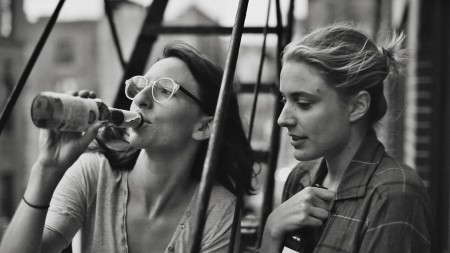 Frances Ha: Sophie (Mickey Sumner) and Frances (Greta Gerwig)