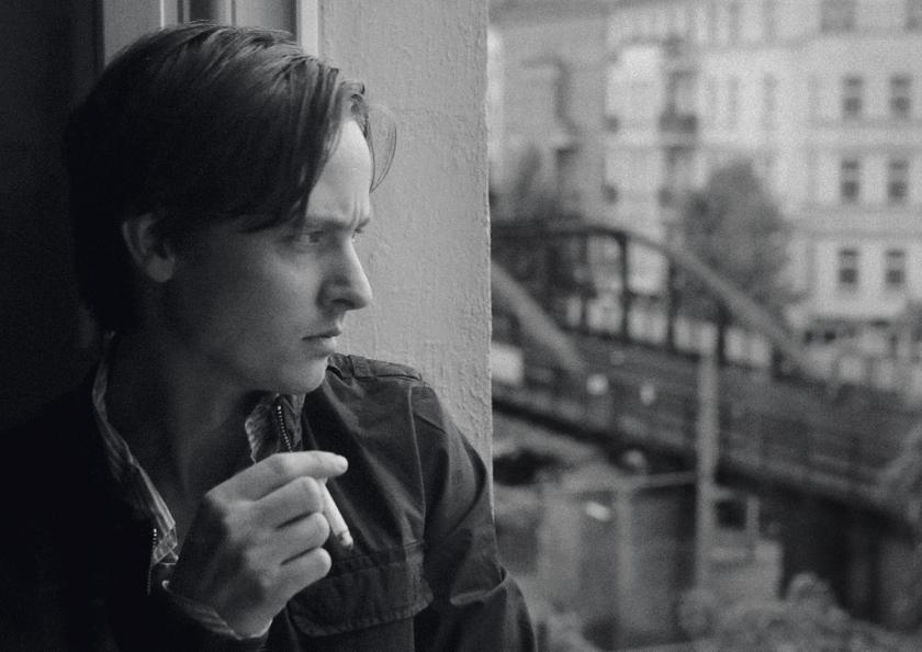 Niko Fischer (Tom Schilling)