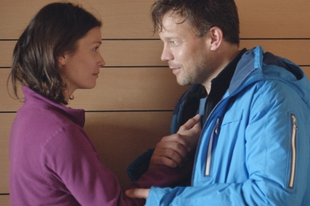 Lisa Loven Kongsli as Ebba and Johannes Kuhnke as Tomas in Force Majeure