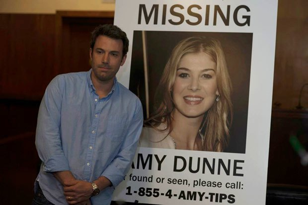 Ben Affleck as Nick and Rosamund Pike as Amy Dunne in Gone Girl