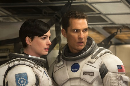 Anne Hathaway as Amelia Brand and Matthew McConaughey as Cooper in Interstellar