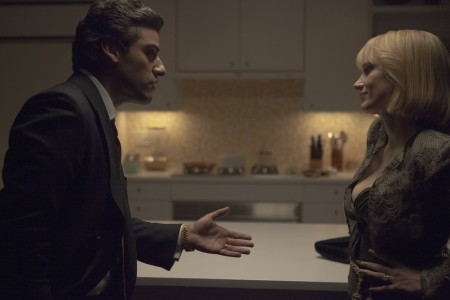 Oscar Isaac as Abel Morales and Jessica Chastainas Anna Morales in A Most Violent Year