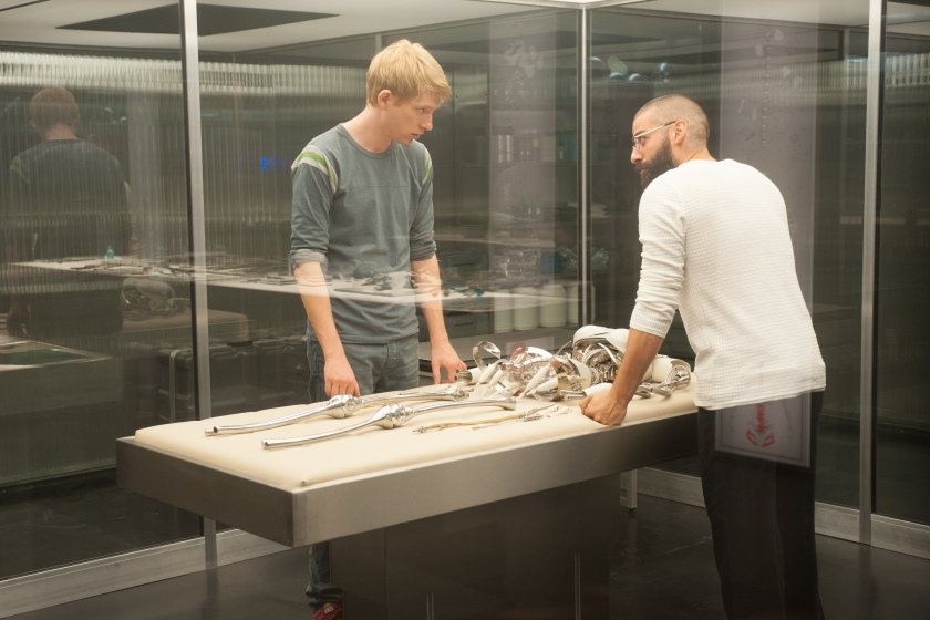 Domhnall Gleeson as Caleb and Oscar Isaac as Nathan in Ex Machina
