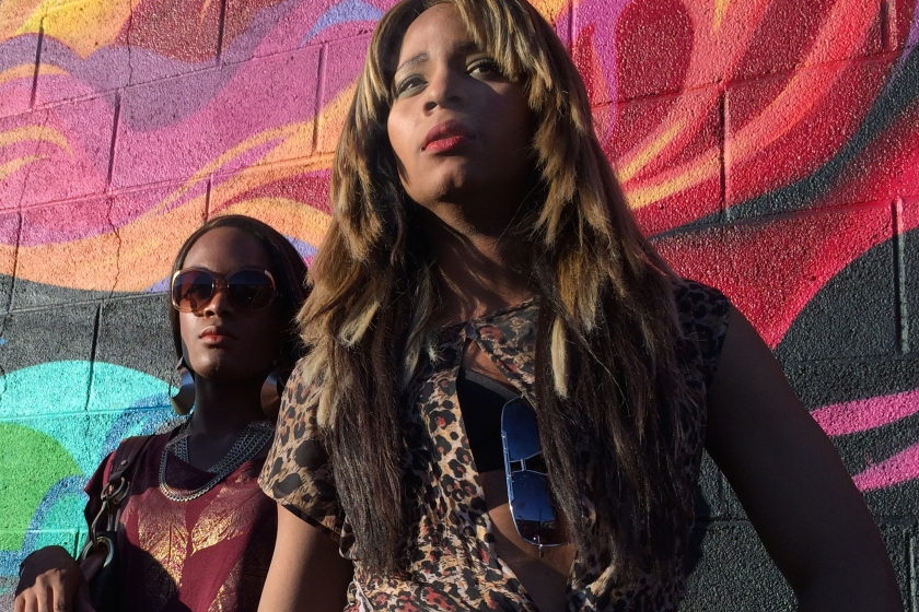 Mya Taylor as Alexandra and Kitana Kiki Rodriguez as Sin-Dee in Tangerine