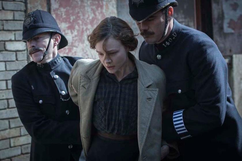 Carey_Mulligan_as_Maud_Watts_struggle_against_police